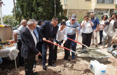 הונחה אבן פינה להקמת הוסטל חדש בצפת בהשקעה של 1.5 מיליון שקלים