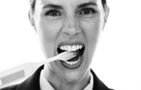 10 עובדות על צחצוח שיניים שלא בטוח שידעתם