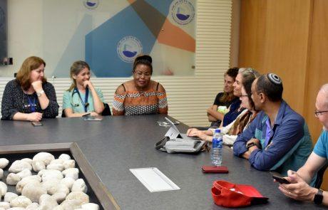 משלחת עורכי דין ממינאפוליס, מינסוטה, הגיעה לביקור במרכז הרפואי פדה-פוריה