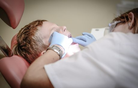 האם רופאים יוכרו מעכשיו כנפגעי עבודה?
