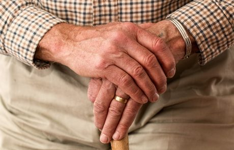 מסתמן: תוספות שעות הסיעוד לזקנים סיעודיים יבוא על חשבון זקנים סיעודיים אחרים