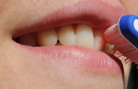 ריח רע מהפה – איך אפשר למנוע אותו אחת ולתמיד?