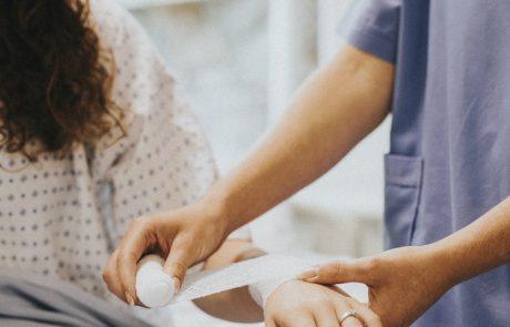 כאב במפרק כף היד – סימנים מקדימים שחשוב לטפל בהם
