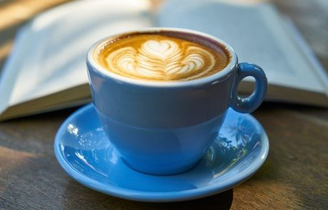 האם יש הבדל בריאותי בין קפסולות לקפה נמס?