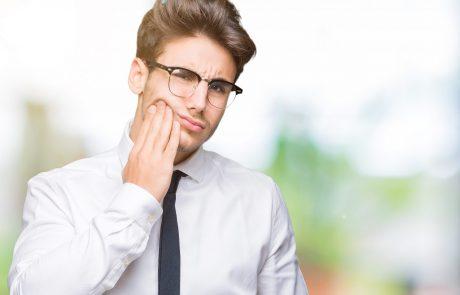 כיצד מתח נפשי משפיע על בריאות הפה?