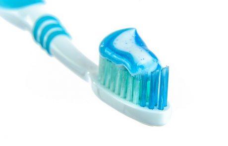 האם באמת יש הבדלים בין משחות השיניים השונות